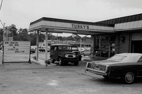 Turky's, previously Burky & Paul Shell, at the corner of Folly Road and South Windermere Boulevard in 1980. (Photography courtesy of Turky Burky)